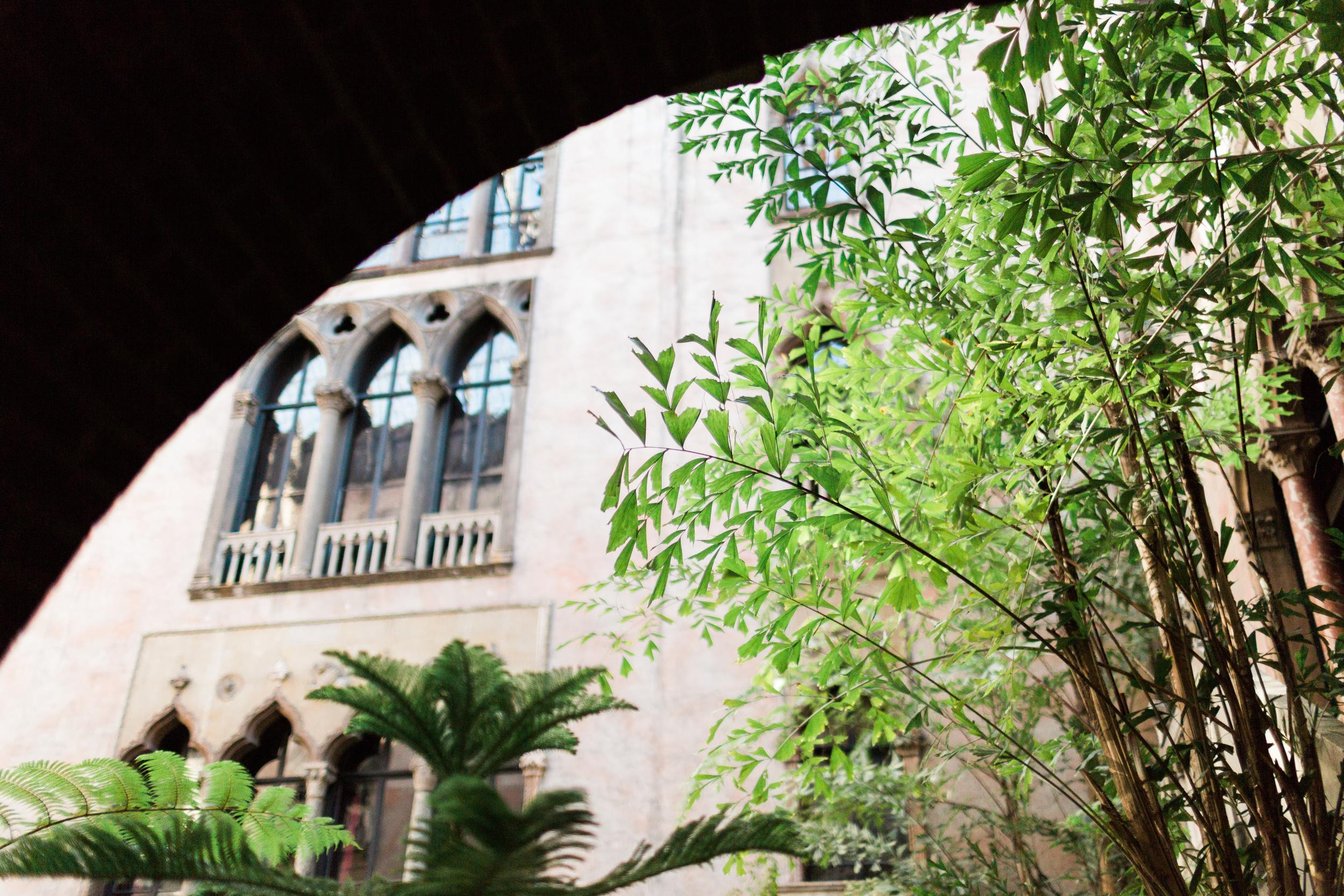 Courtyard (136 of 153).jpg