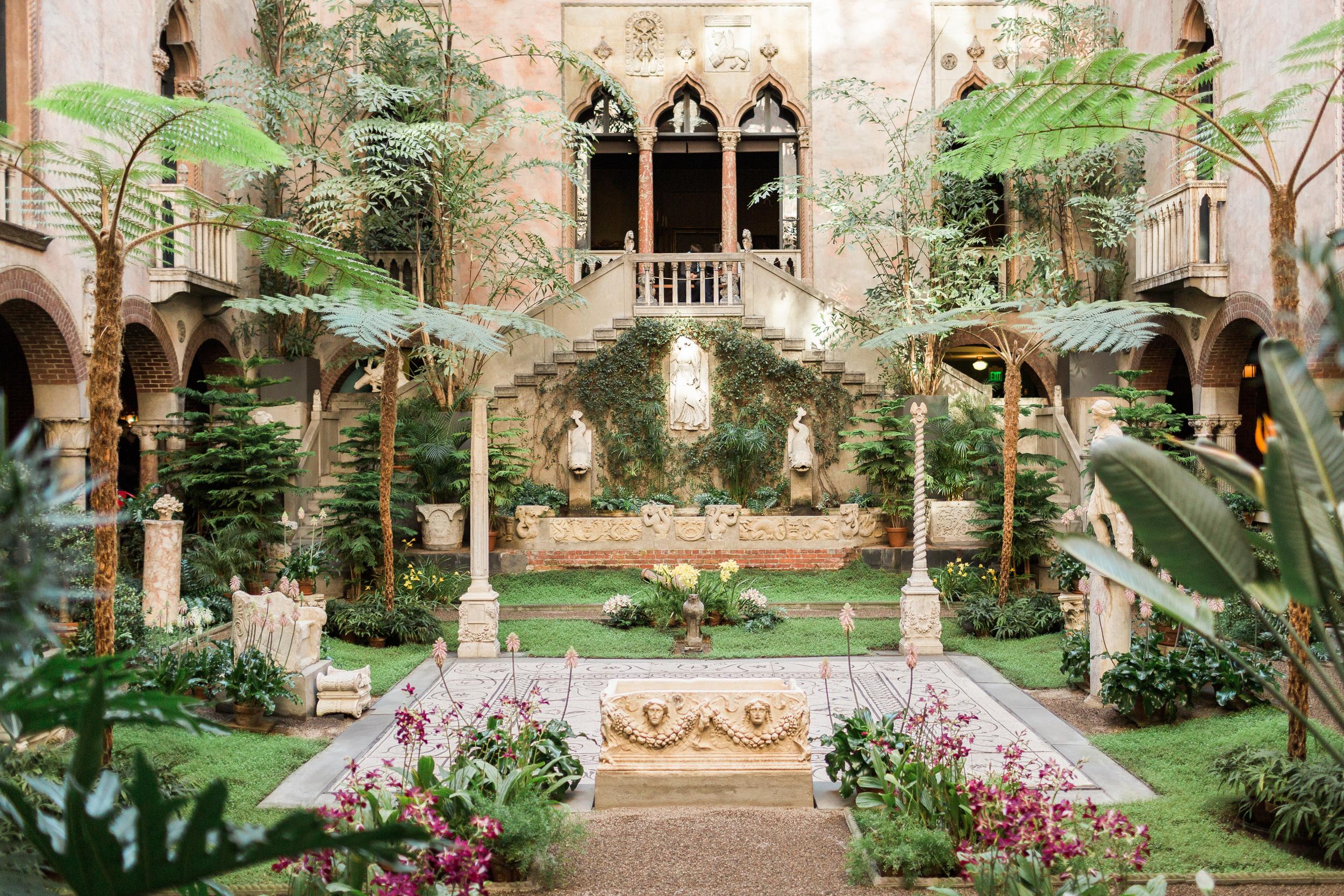 Courtyard (76 of 153).jpg