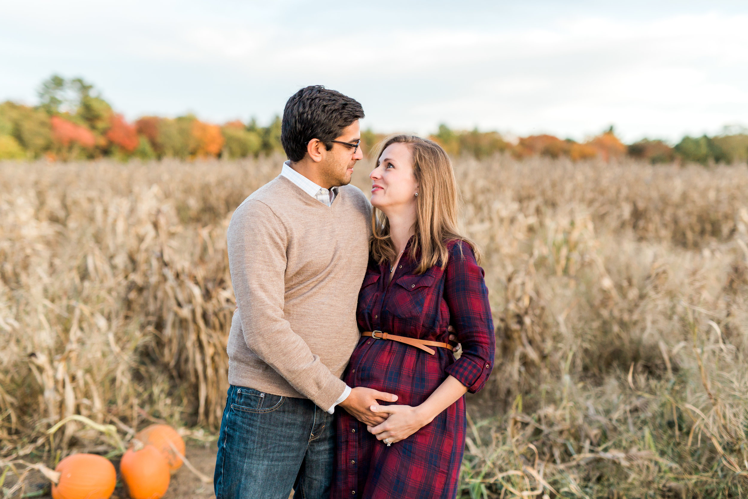 Ward's Berry Farm Maternity Session | Boston Lifestyle Photographer