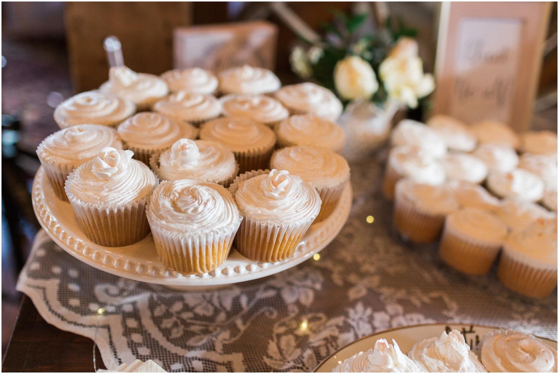 Rustin Barn Wedding + New England Wedding Photographer