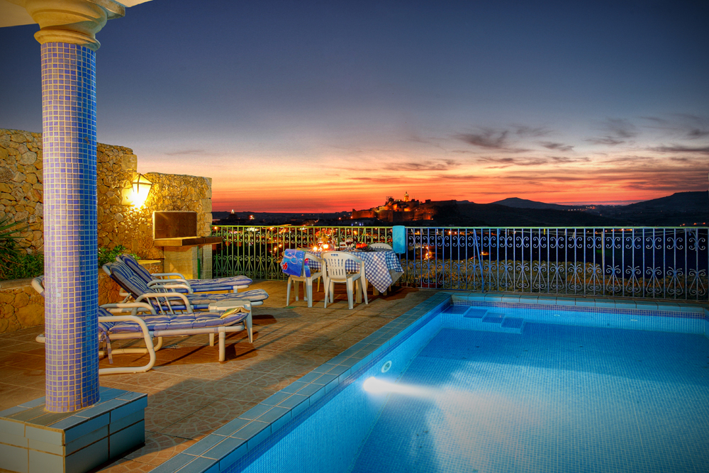 Pool terrace by night.jpg