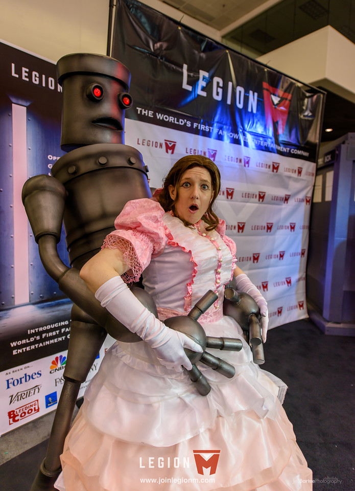 The humping robot was busy. He spent all weekend posing for slightly provocative pictures with the ladies...
