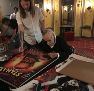 stan lee signing posters