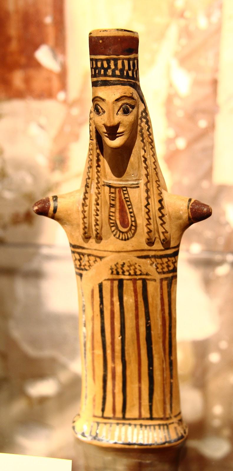Goddess (Hera), Boetia, 6th c. B.C., Museum Aschaffenburg, photograph by Maulaff.