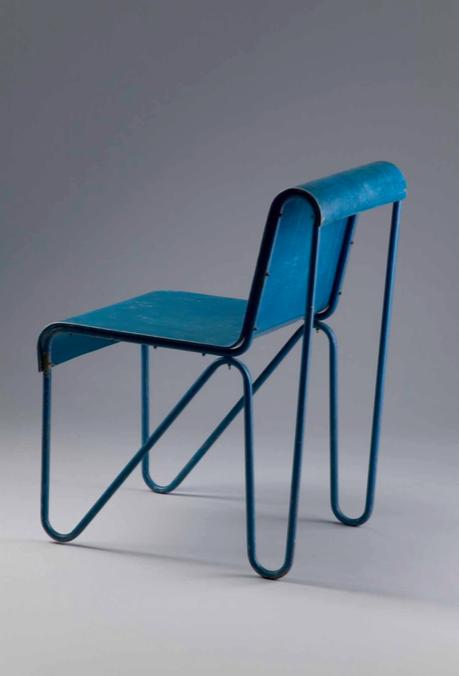 """Gerrit Rietveld 1888 - 1964, """"Beugel"""" Chair, Utrecht 1927. Image courtesy Galerie Ulrich Fiedler."""
