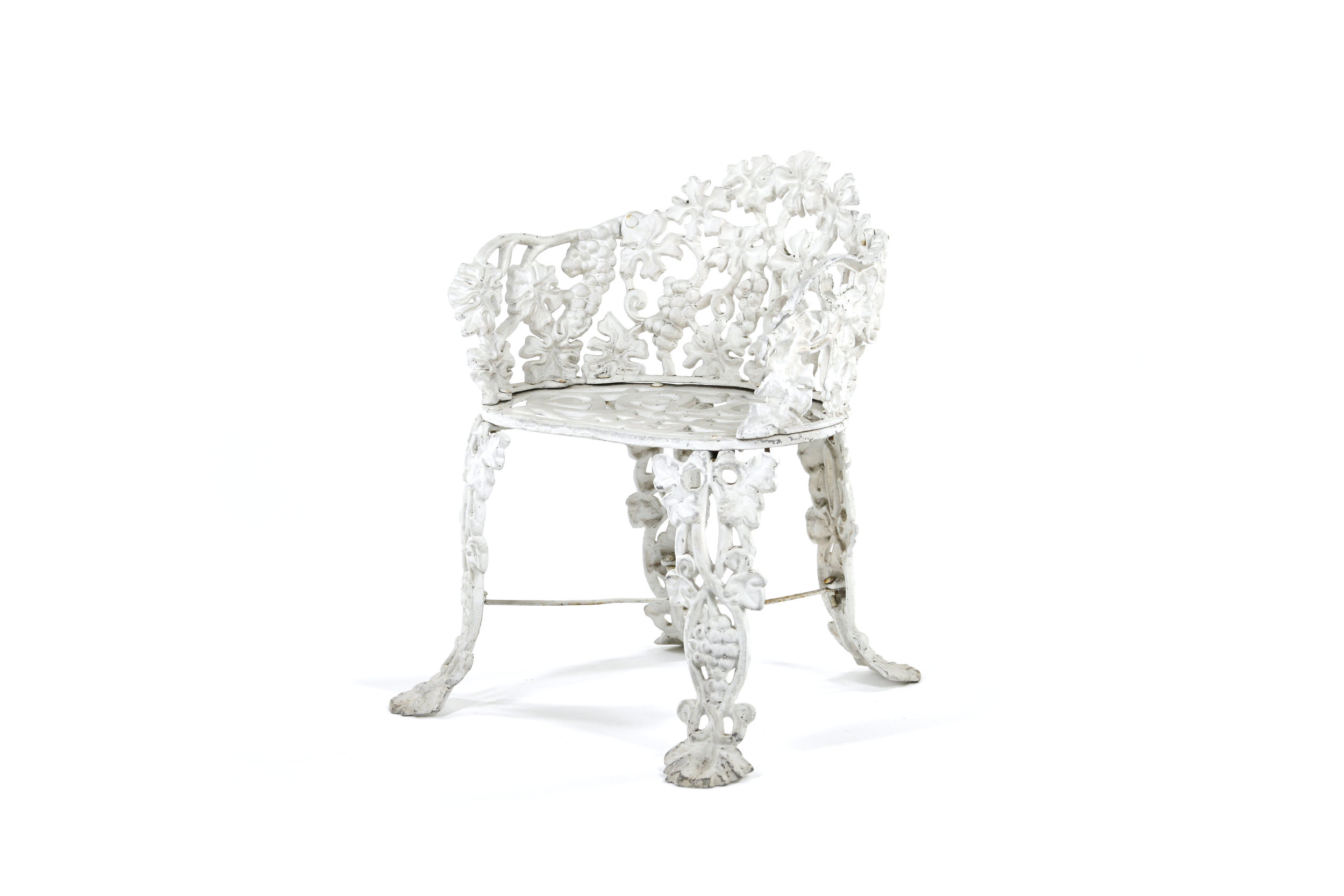 OrnateIronGardenFurniture_Chair2.jpg