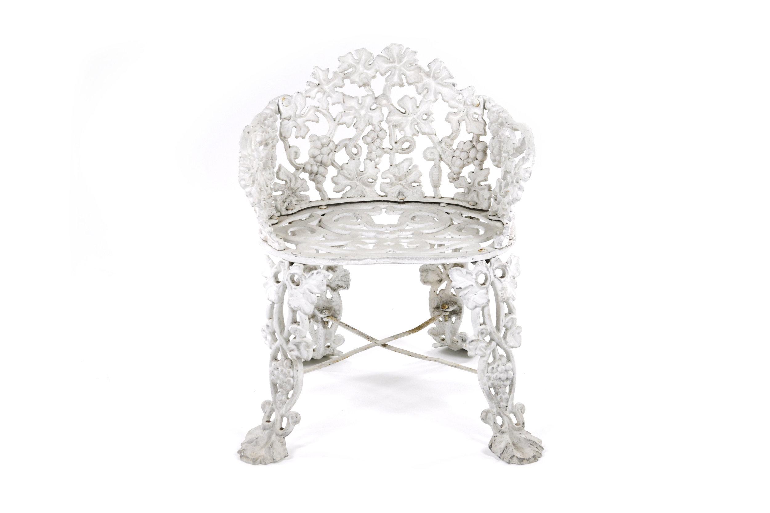 OrnateIronGardenFurniture_Chair3.jpg