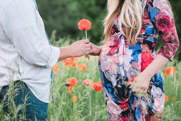 Logan-utah-couple-maternity-photography
