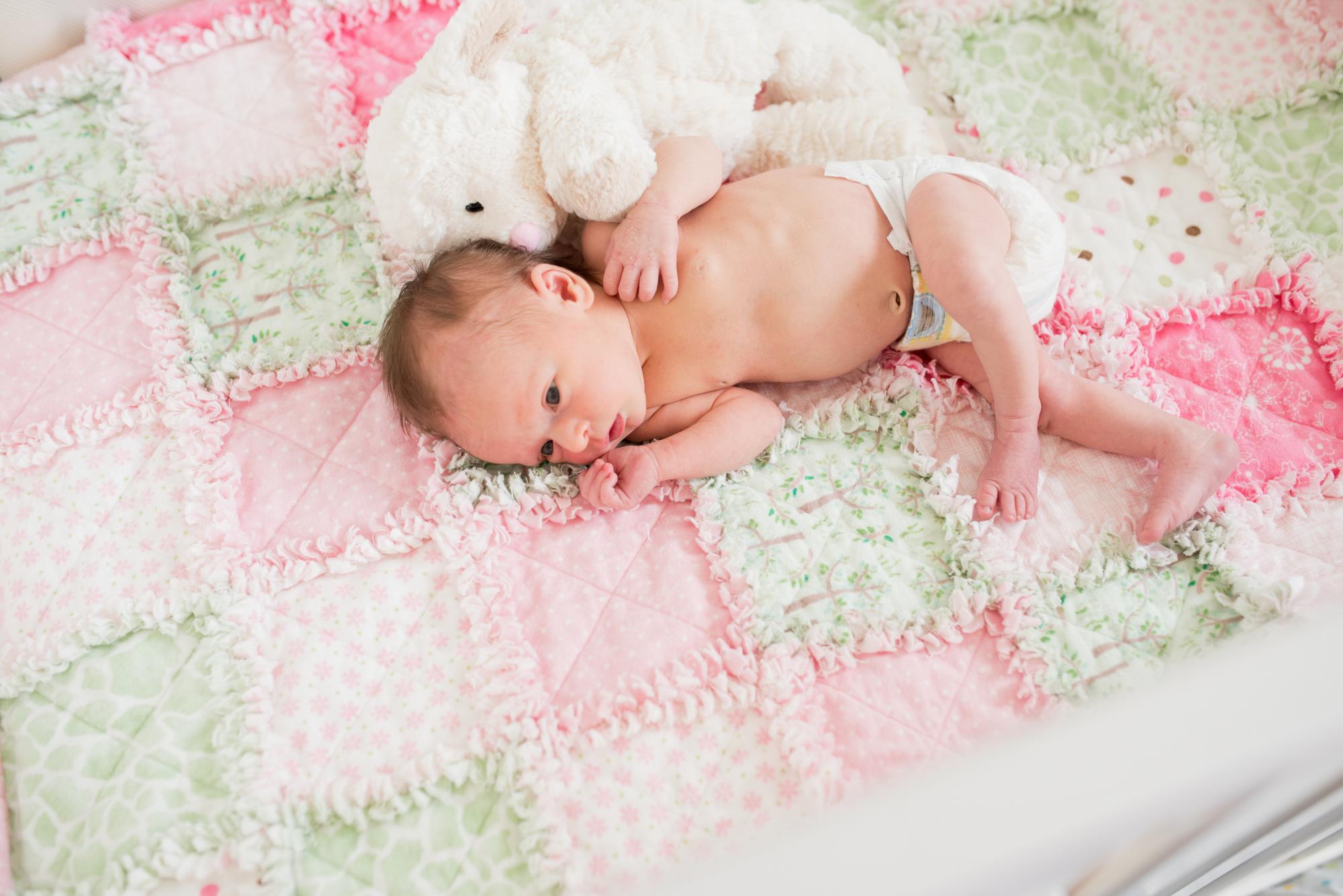 newborn-lifestyle-photography