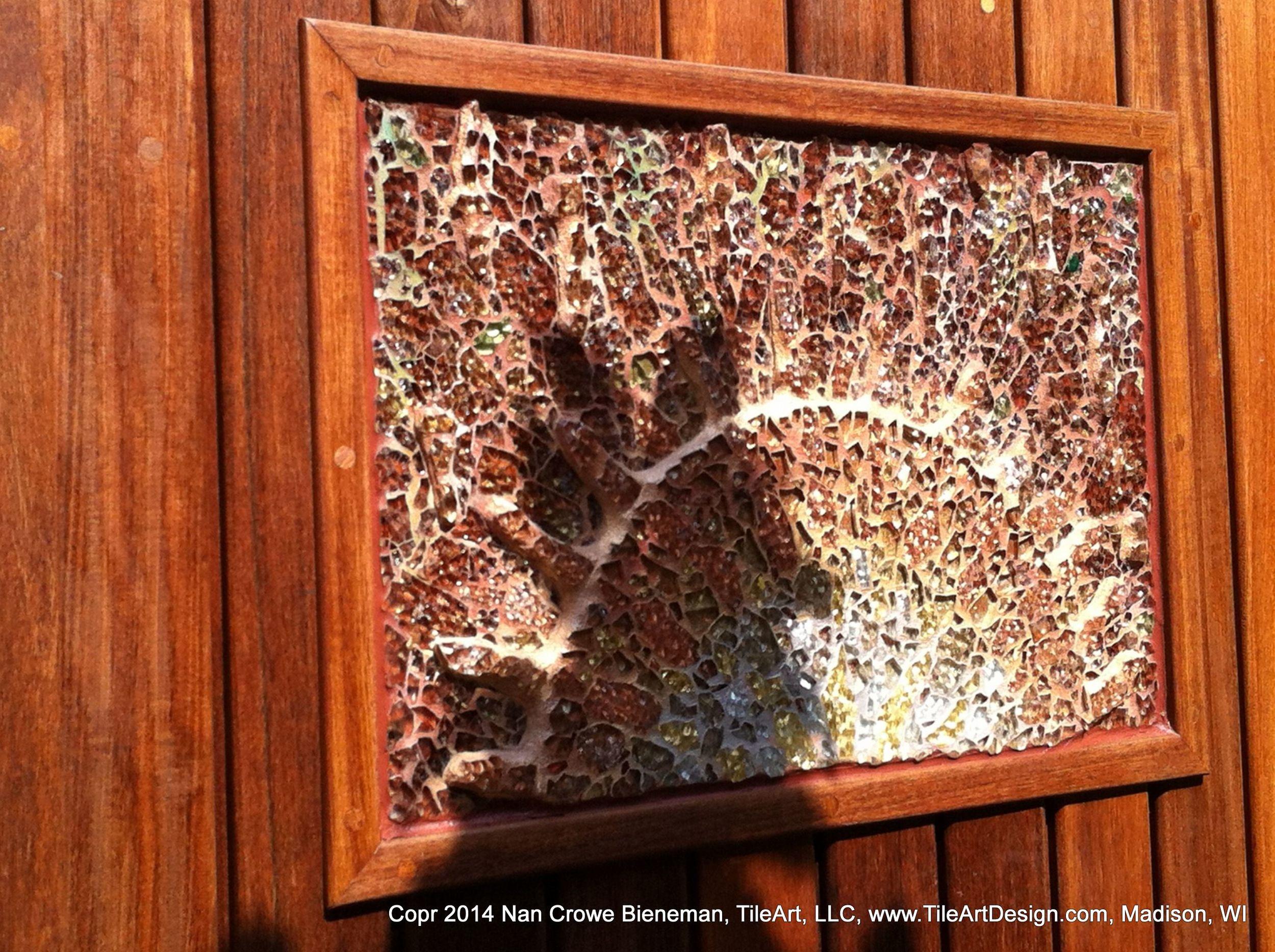 002-gate mosaic detail_1873.jpg