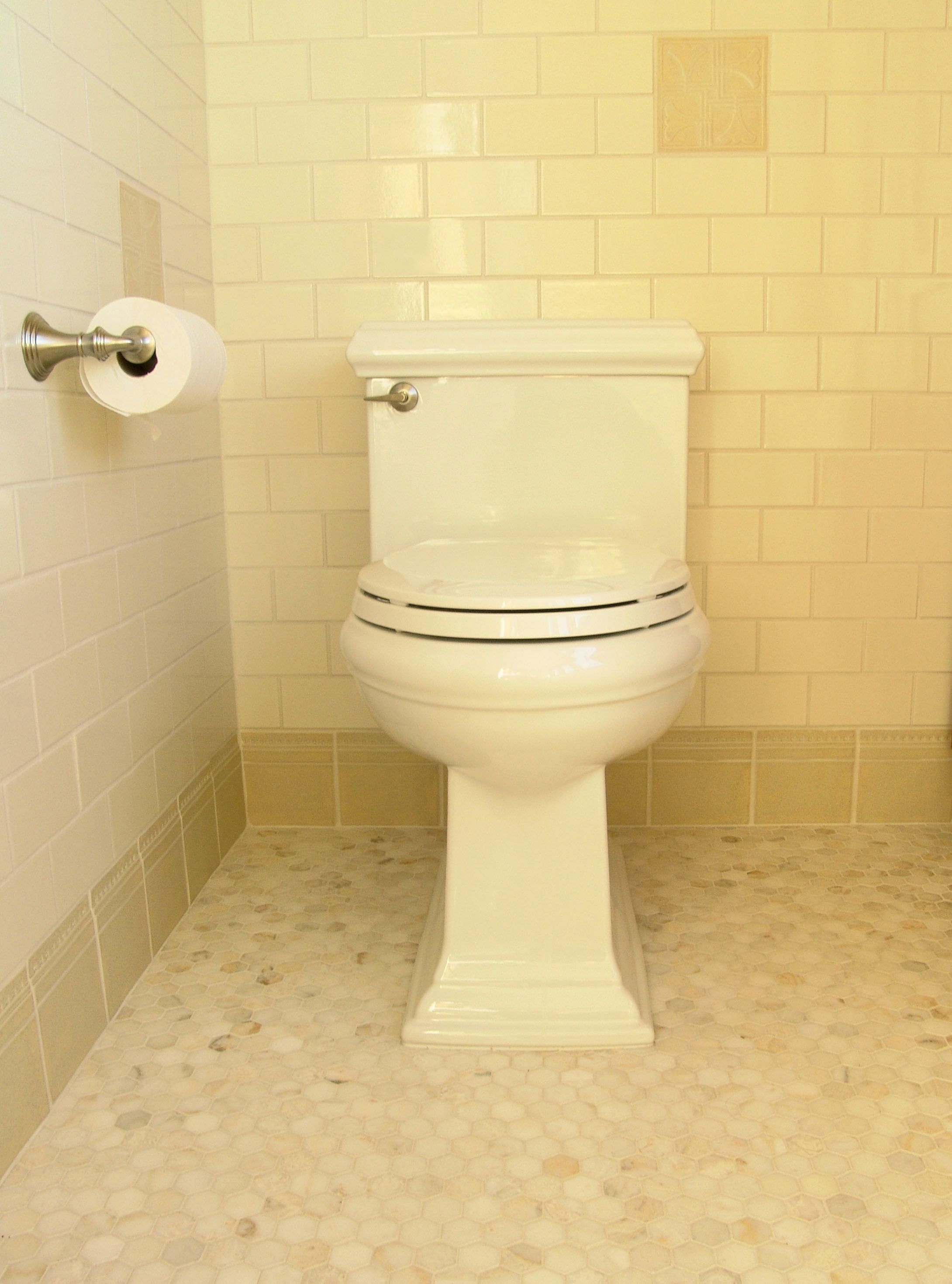 042-bathroom9.jpg