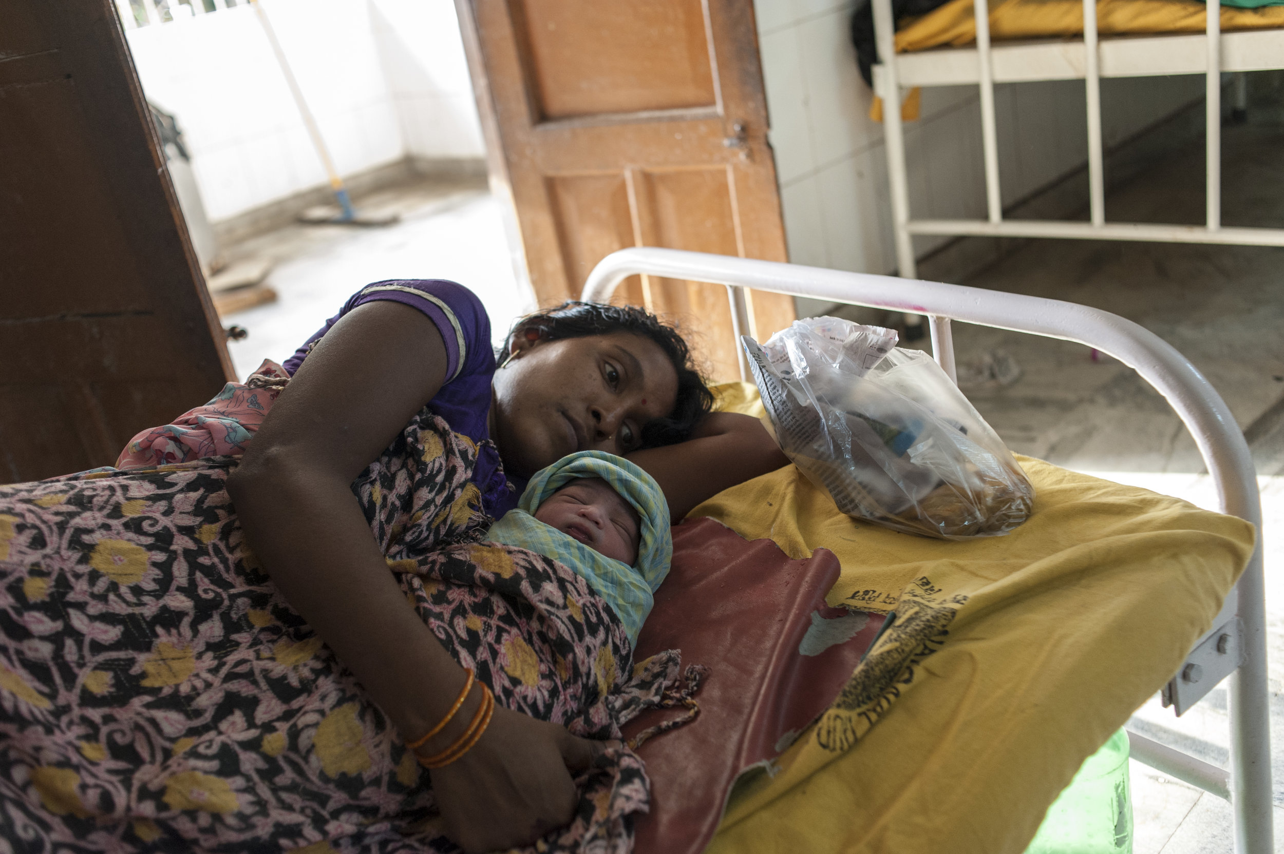 Mother and newborn in Patna, Bihar | India
