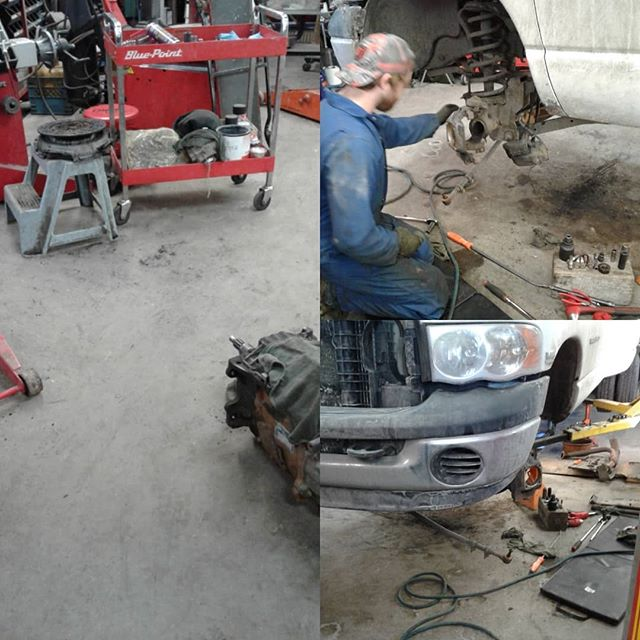 2003 Dodge Ram 3500 4x4, with a V10, seems to be a rare truck, gets a new clutch and ball joints #dodge #service #repairshop #4x4