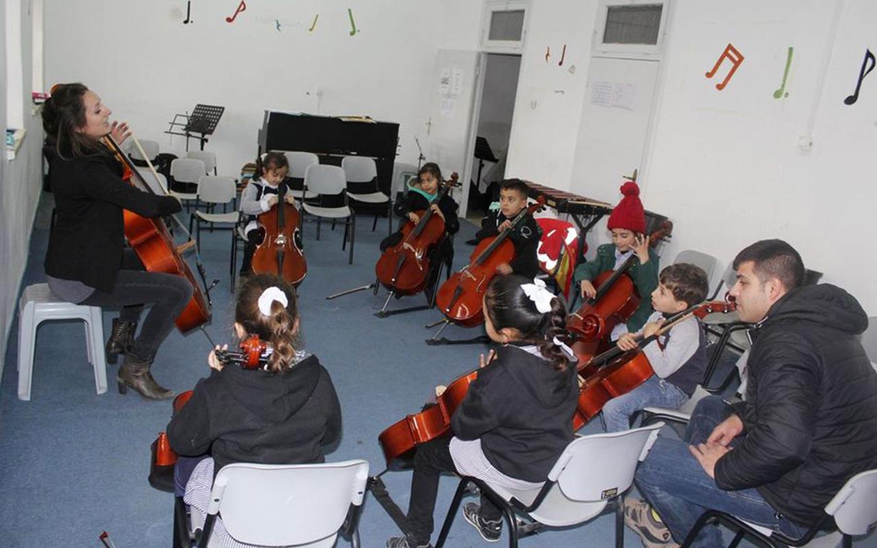 7_Guppenstunde Cello.jpg