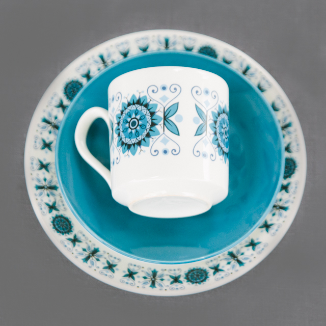 RETRO CHINA - DEEP BLUE & NAVY FLOWER - trio