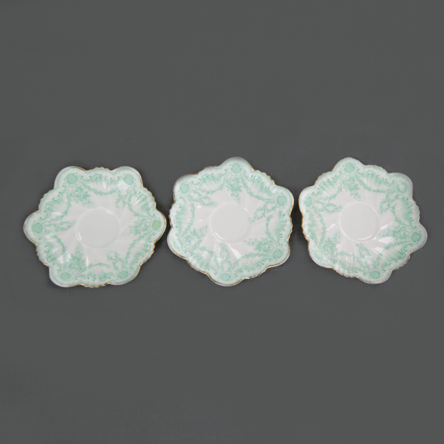 CAKE PLATES & BOWLS - GREEN FLOWER DETAIL CAKE PLATE - HEXAGON SHAPE - small