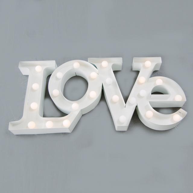 FEATURE LIGHTING - LED LOVE SIGN - medium