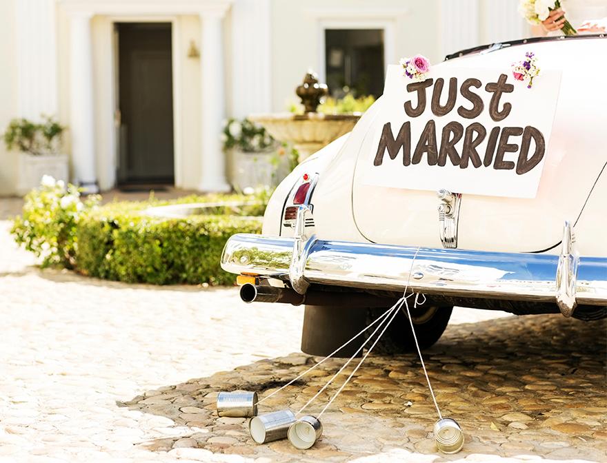 wedding-traditions-cans-getaway-car.jpg
