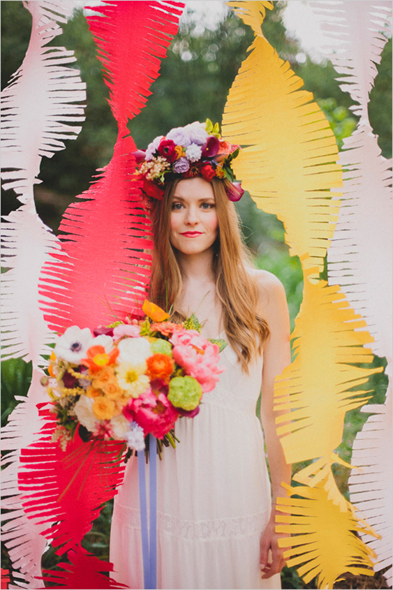 fringed-crepe-paper-wedding-backdrop.jpg