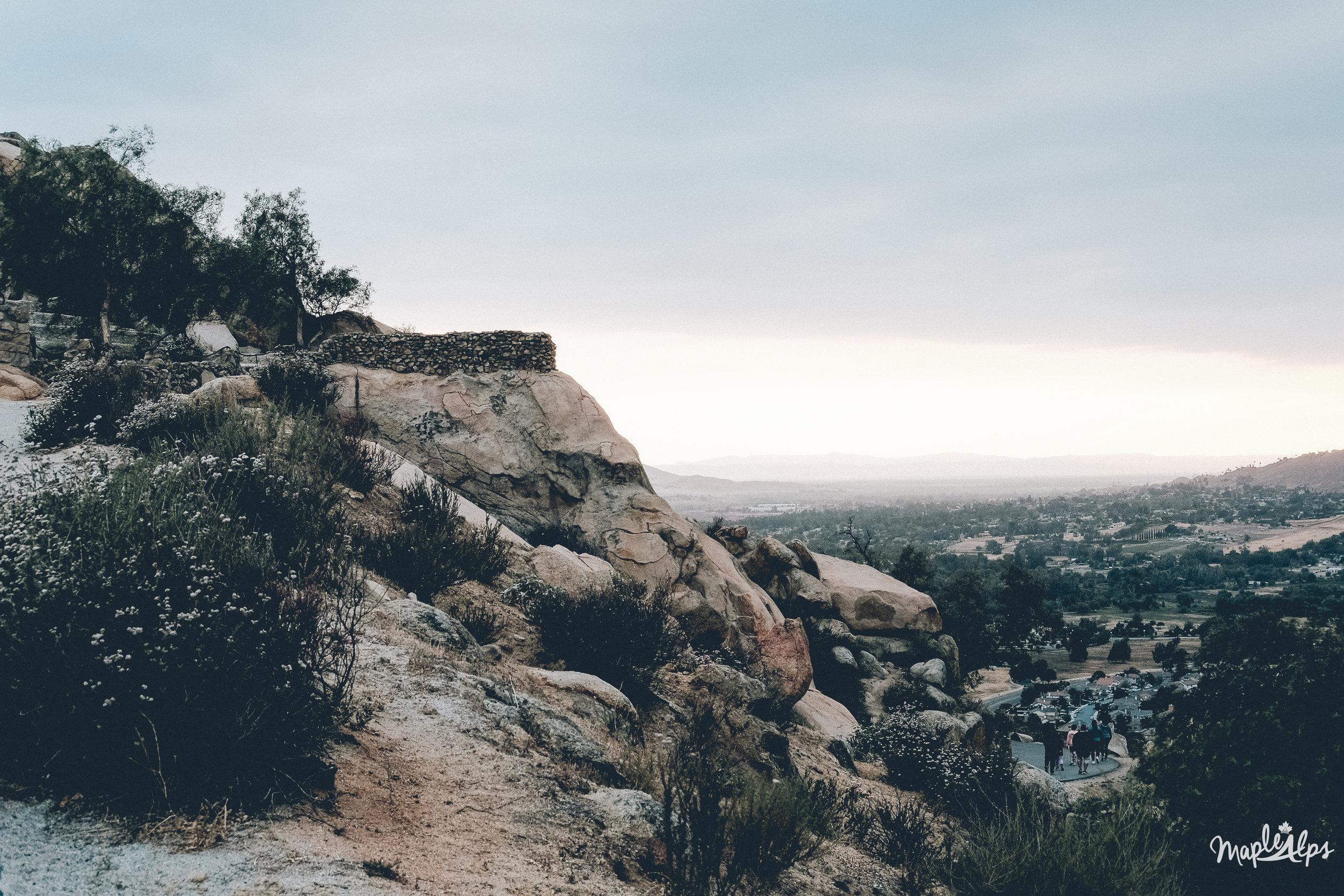 An Evening on Mt Rubidoux Trail   www.maplealps.com