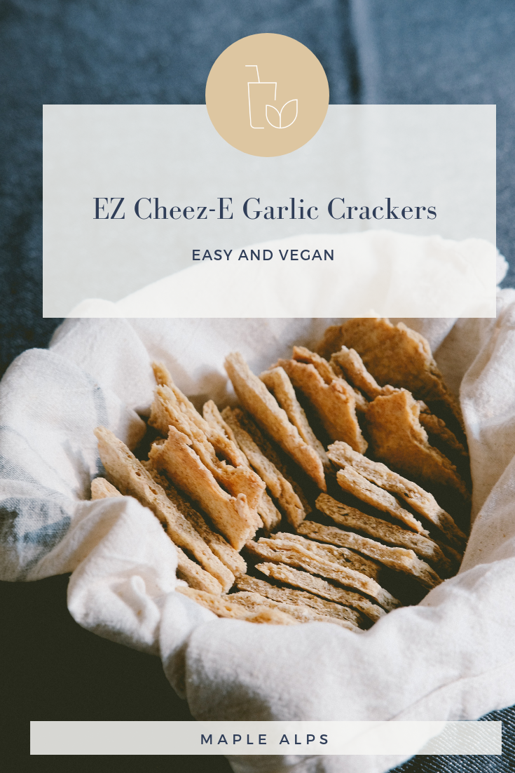 EZ Cheez-E Garlic Crackers (vegan) | www.maplealps.com
