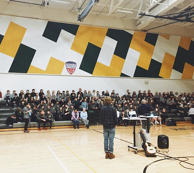 Awesome to speak with Visitation students grades 5th-8th in KC yesterday. . My message was simple. Snapchat and Fortnight are fun but real life is better...trust me💥✌🏻