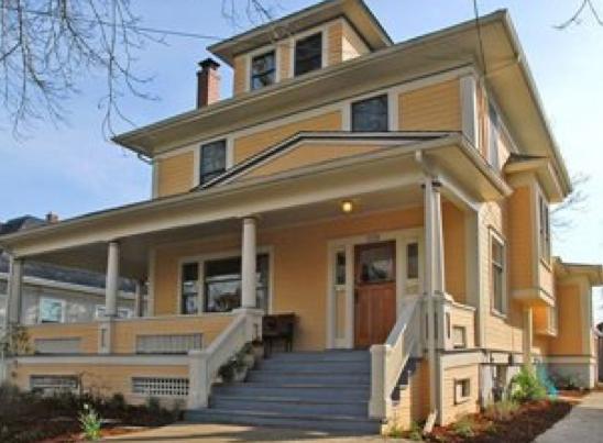 1538 SE 33rd Ave | $660,000