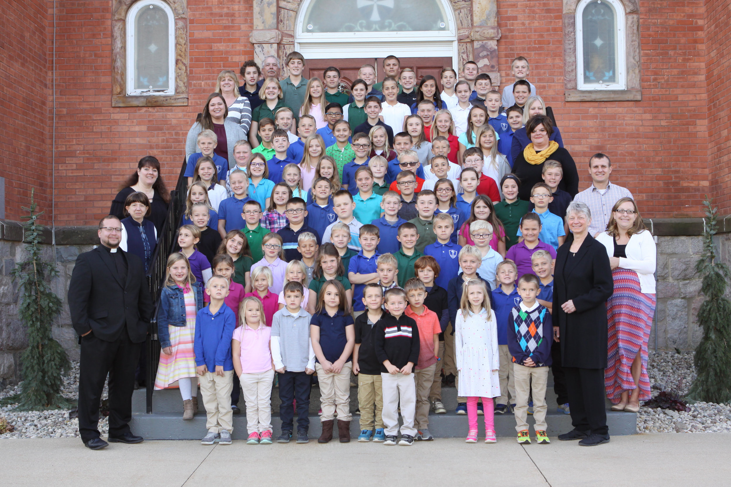 All School Picture 2018-19.jpg