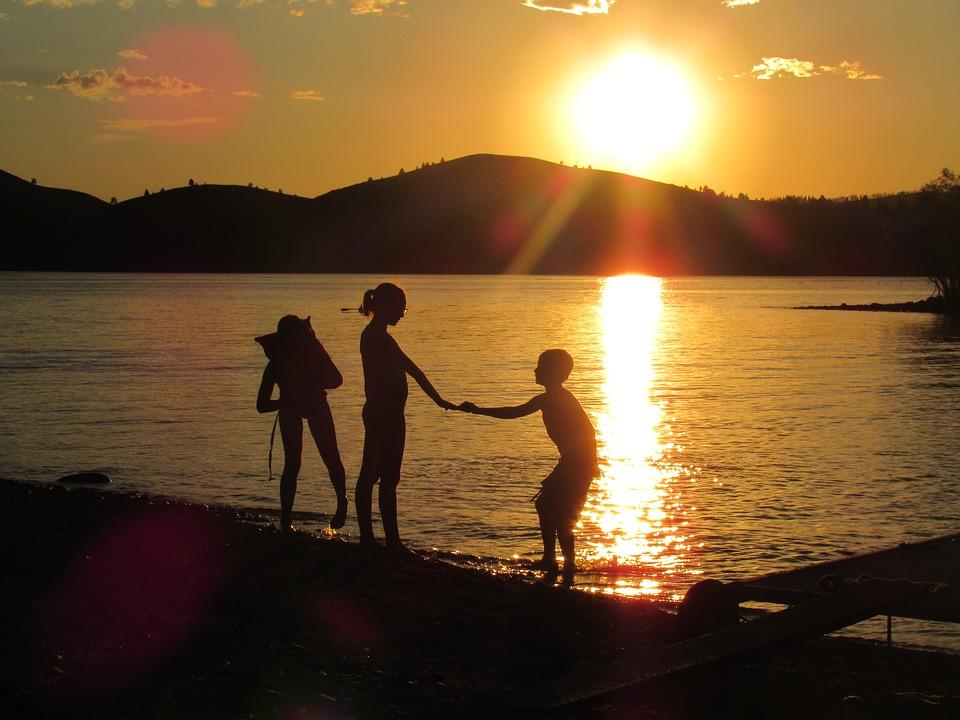 lake-vacation