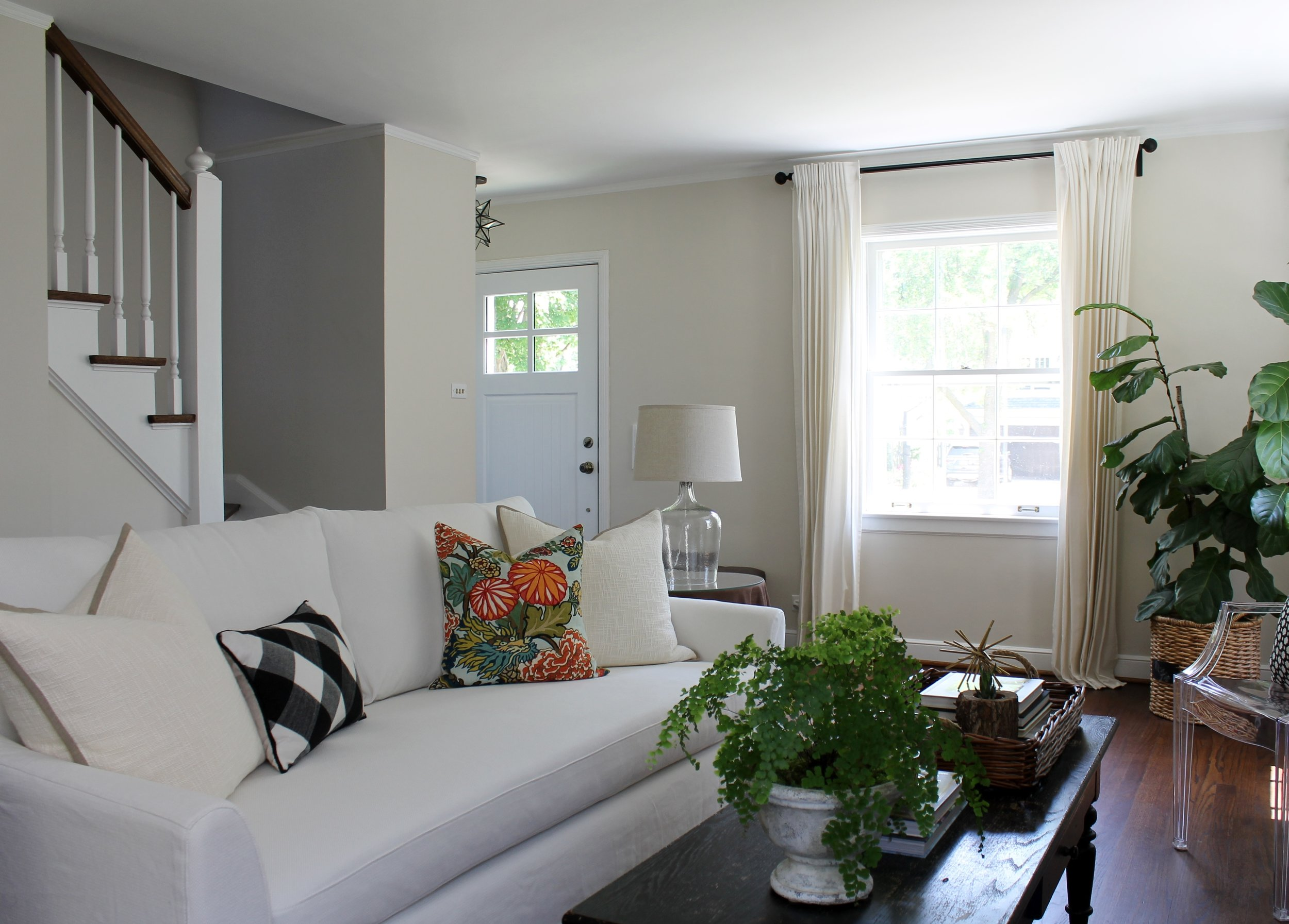 Small Home Style Cape Cod Chicago Home Tour Katrina Blair Interior Design Small Home Style Modern Livingkatrina Blair