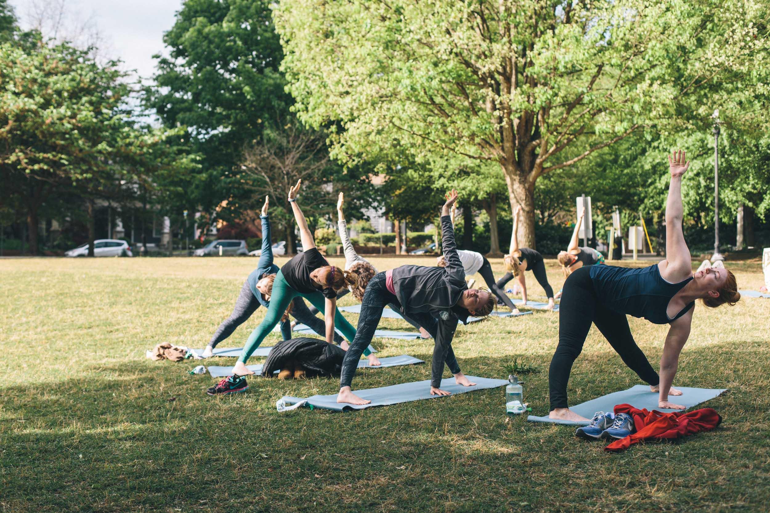 jimmy-rowalt-atlanta-event-photography-yoga-033.jpg
