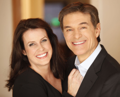 Lisa Oz with her husband, Dr. Mehmet Oz