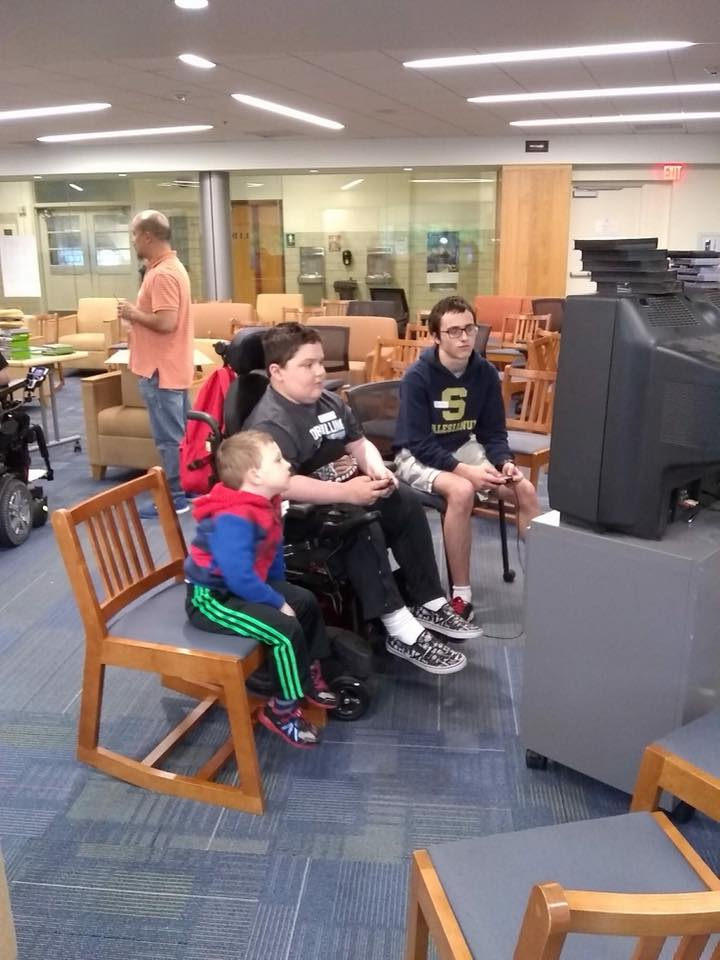 Salesianum School (Wilmington, DE) hosted a video game day for MMF Muscle Champions!