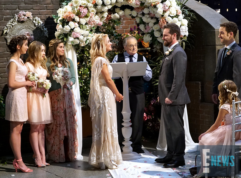 Disney's Girl Meets World - Katy & Shawn get Married