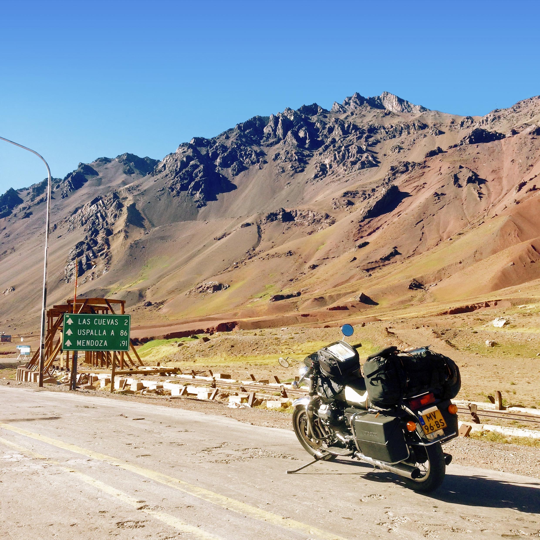 Op de grenspas tussen Chili naar Argentinië