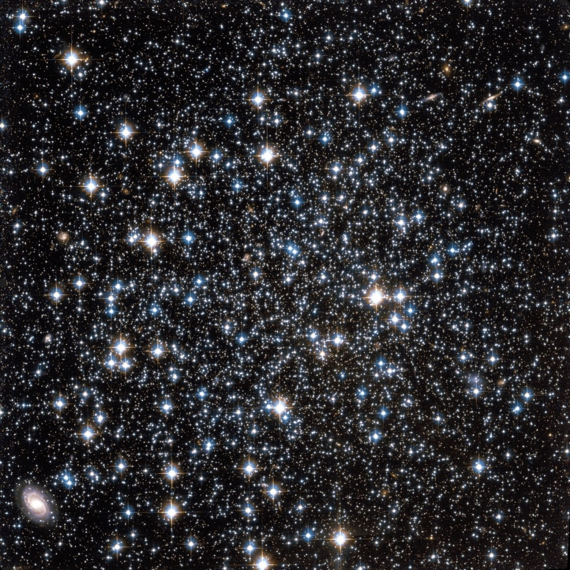 NGC-5466-in-Bootes-constellation__1_.jpg