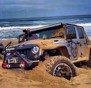 instagram follower johnnybreytenbach stuck in the sand