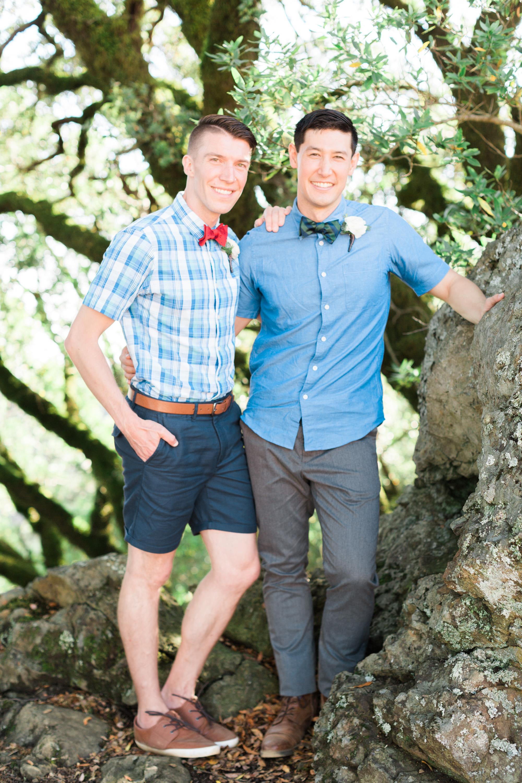 Casual summer wedding on Mount Tamalpais in Mill Valley, CA