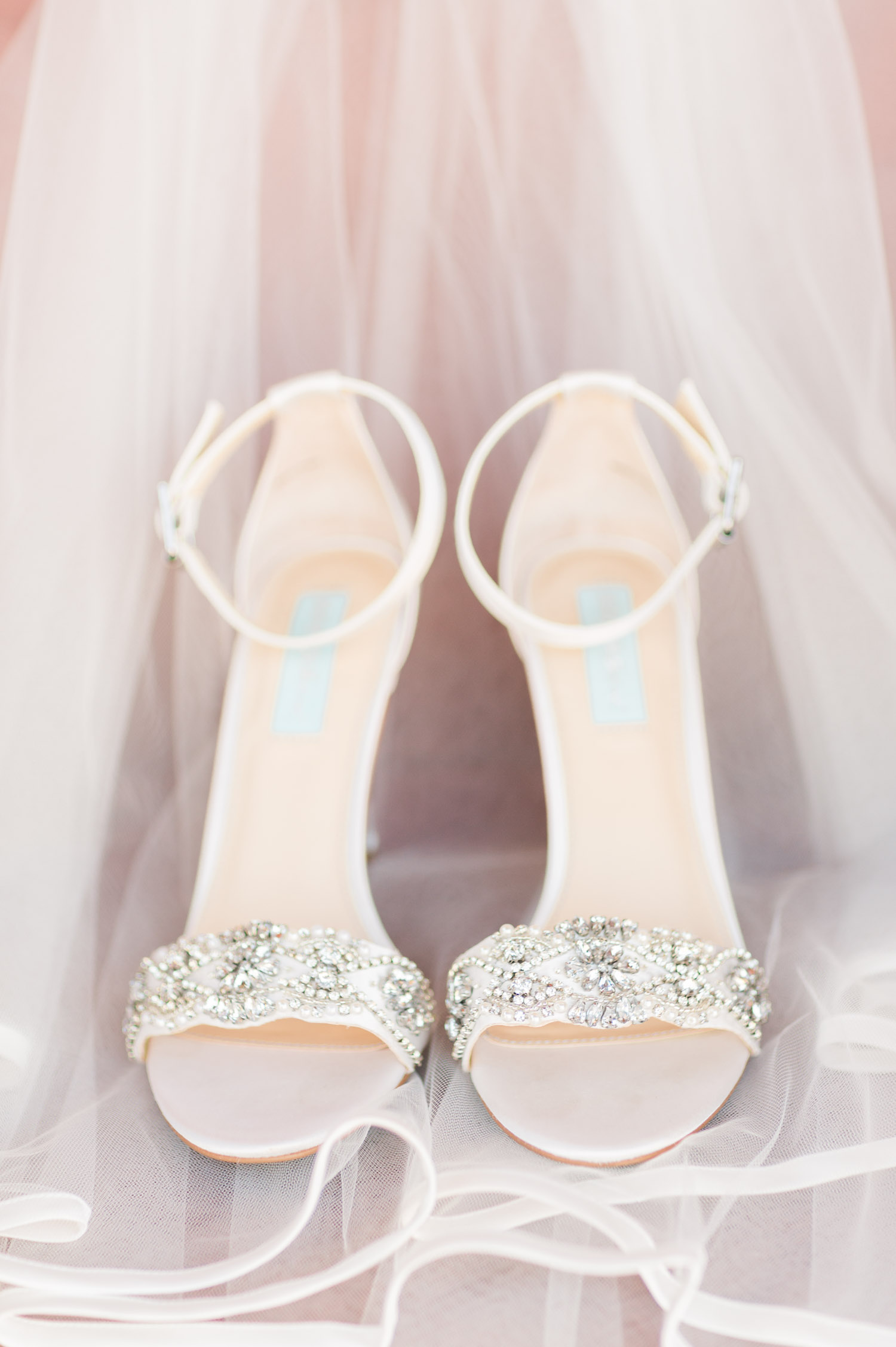 Beautiful Betsey Johnson wedding shoes with wedding veil