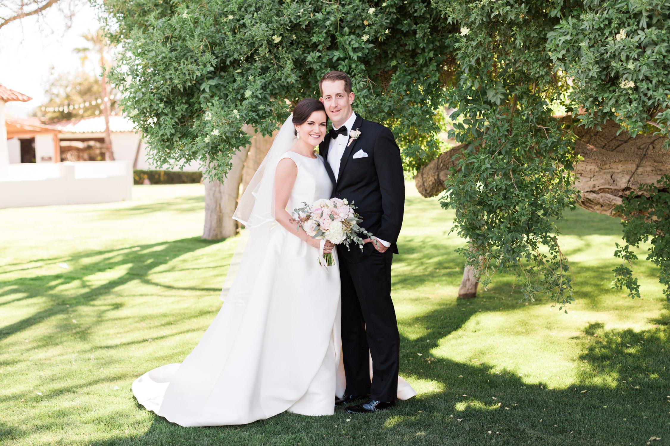 Stunning green Tubac Golf Resort wedding