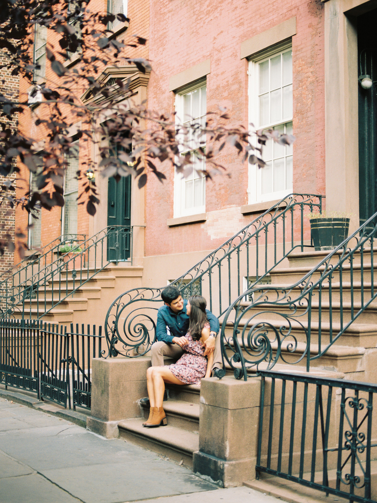brooklyn-heights-engagement-session-2.jpg