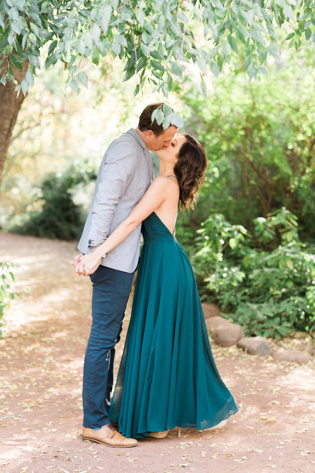 couple-kissing-2.jpg