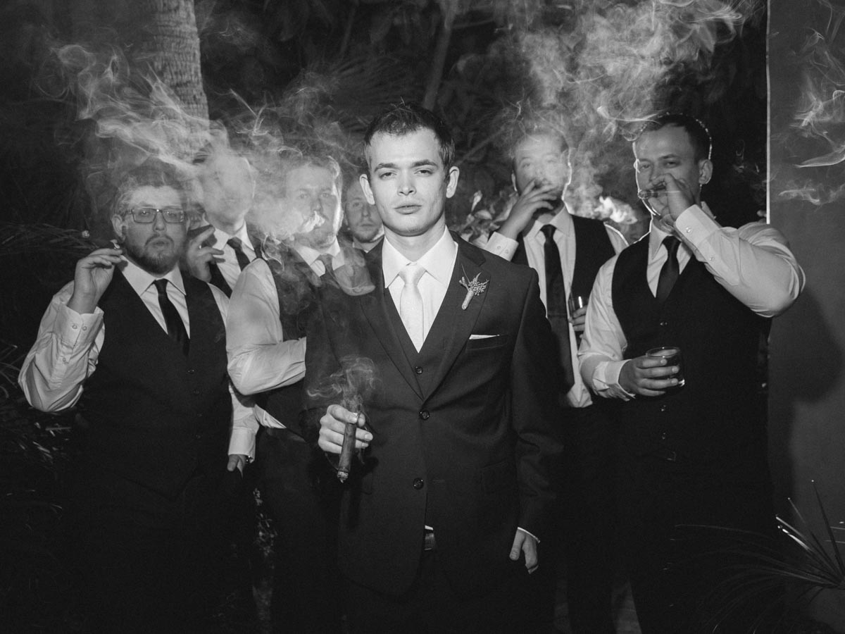 groom-groomsmen-cigar-smoke.jpg