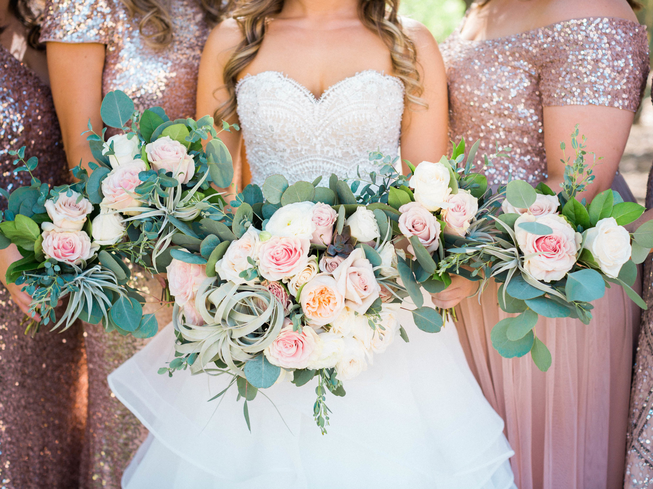 Stunning florals by Alexis Grace Florals captured by Tucson Wedding Photographers Betsy & John
