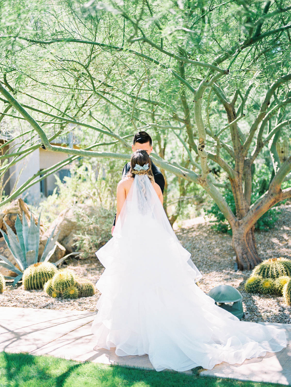 JW Marriott wedding captured by Tucson Wedding Photographers Betsy & John