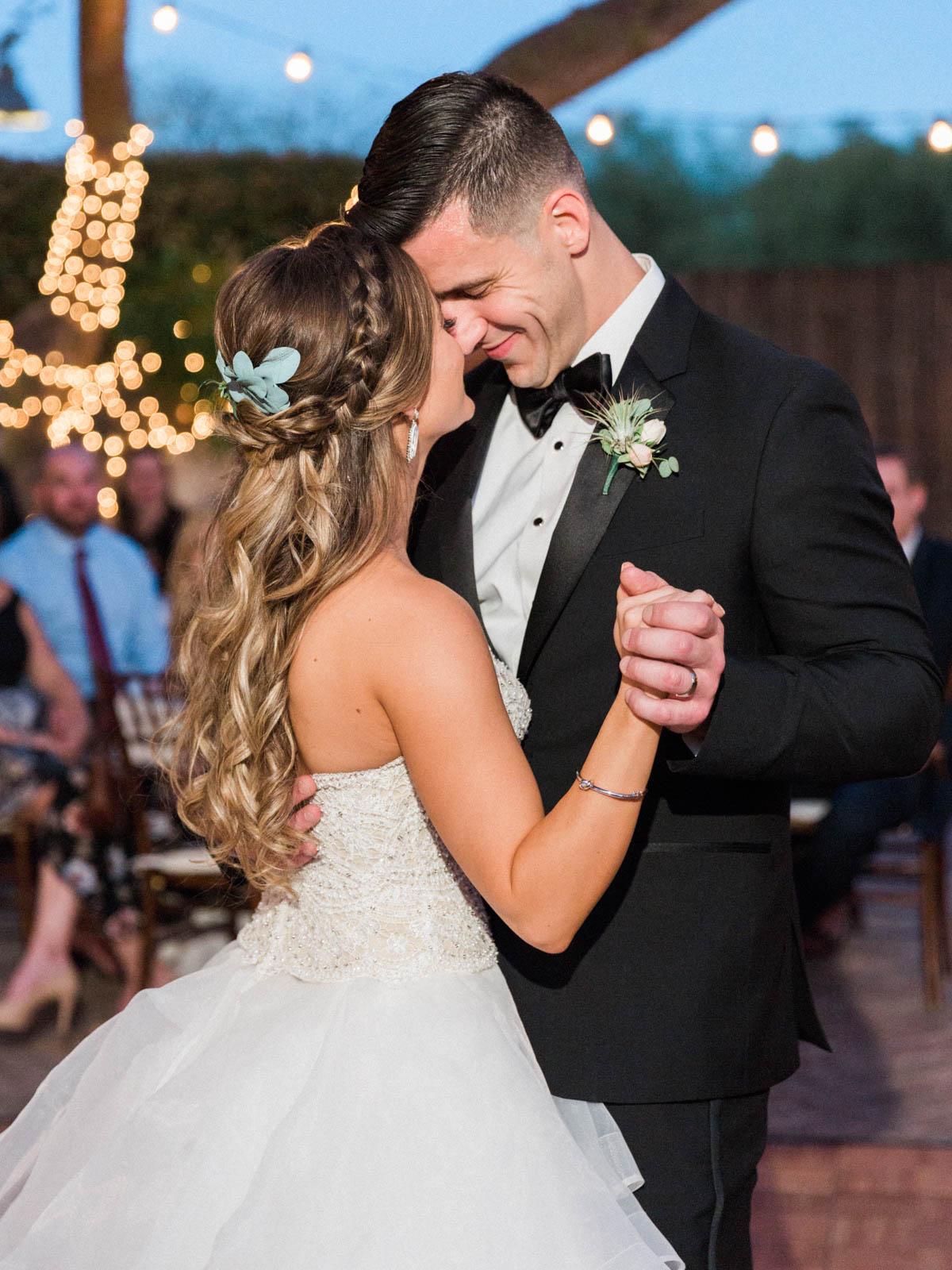 Stillwell House wedding captured by Tucson Wedding Photographers Betsy & John