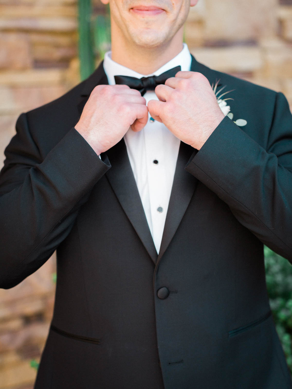 Jw marriott Starr Pass wedding captured by Tucson Wedding Photographers Betsy & John