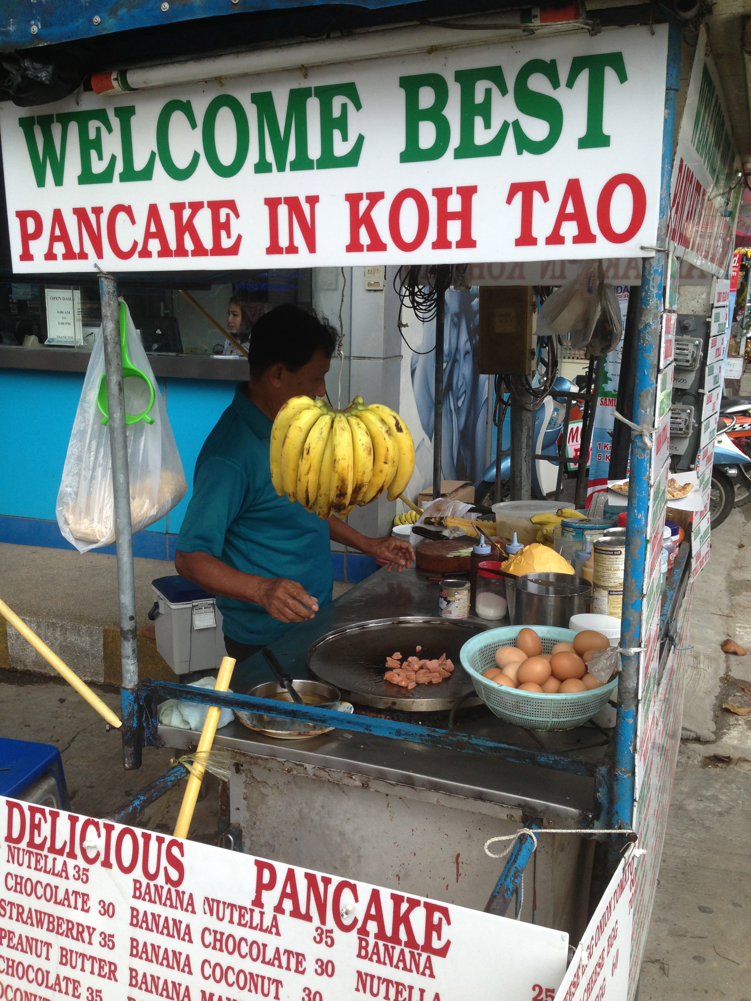 """Not sure this is the """"best"""" pancake stall, but it's yummy!"""