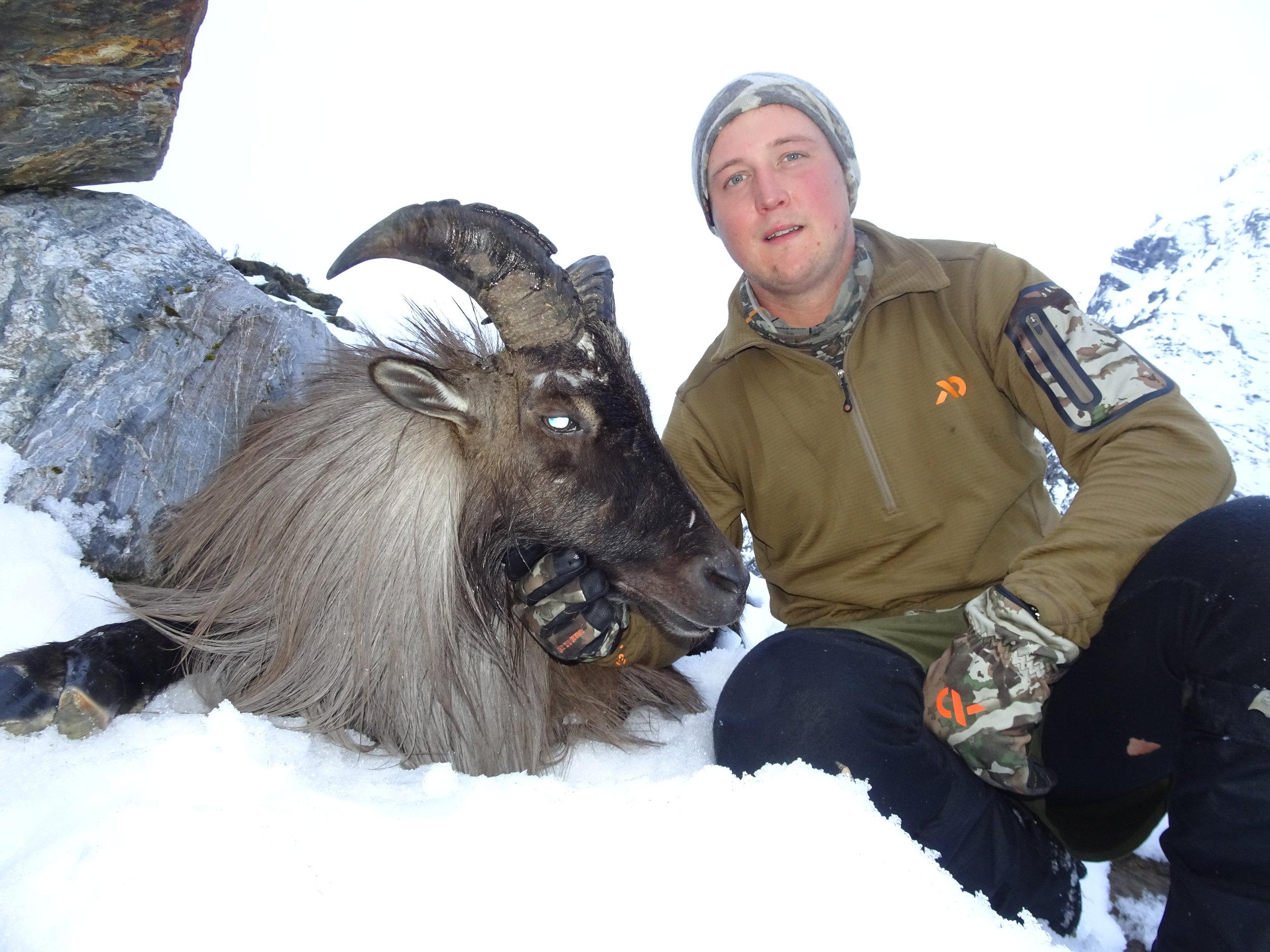 Luke Potts with a nice old bull - image @Tom Overton