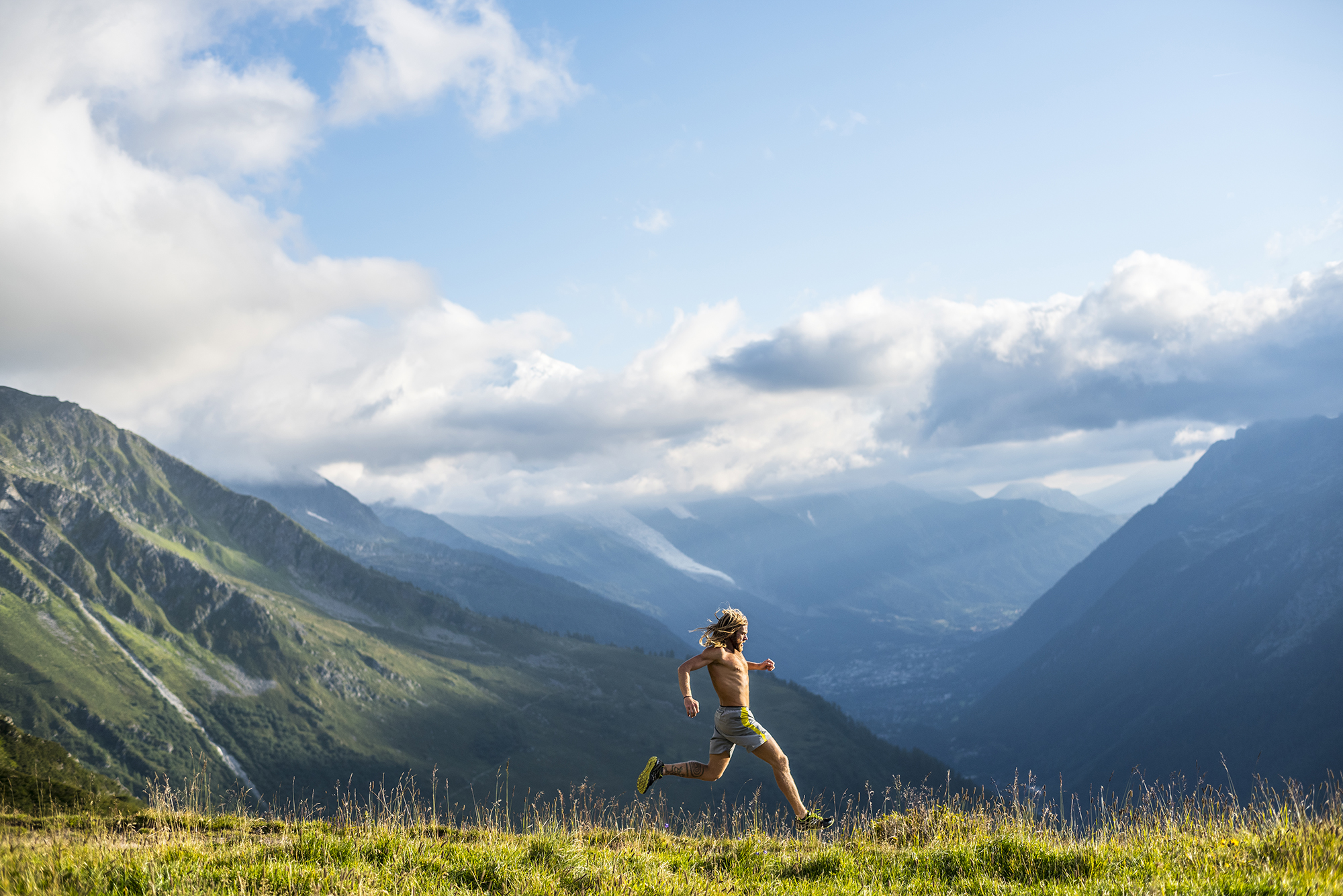 Tim Olson. Chamonix, France. Photography by Tim Kemple.